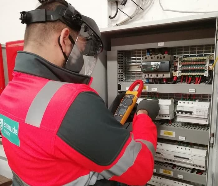 Maintenance corrective de centrales photovoltaïques