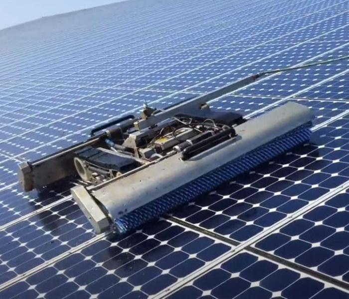 Nettoyage de centrales photovoltaïques